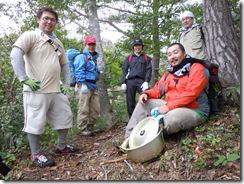 青年部員と観光協会の大島さんの集合写真