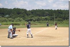 関川村の自然の中、競い合う子供達